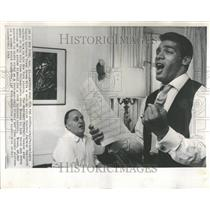 1965 Press Photo Timmy Brown Football Player Singer - RRV94153