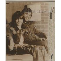 1974 Press Photo Basketball Player Dave DeBusschere, Wife Geri - RSC29063