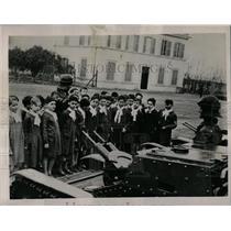1938 Press Photo Italian Schoolchildren Learn Weapons - RRX78333