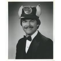 "1984 Press Photo Bob ""Incredible"" Wall Radio Broadcaster - RSC79457"