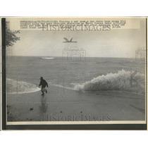 1976 Press Photo Lake Michigan Beachs - RRV51855