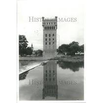 1978 Press Photo Hofmann Tower Des Plaines River Lyons - RRU70401