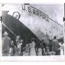 1960 Press Photo Citizens Evacuated Congo Republic Boar- RSA32827