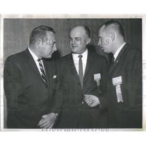 1952 Press Photo Donald R. Jackson (l) Bert J. Keeper (C) and Maurice