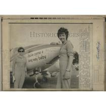 1971 Press Photo Margaret Mead 6,000 mile London to British Columbia Air Race