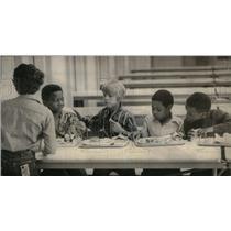 1972 Press Photo Sabin Elementary School black students - RRU32037