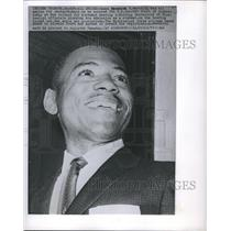 1952 Press Photo James H Meredith was all Smiles for Photographers as he Entered