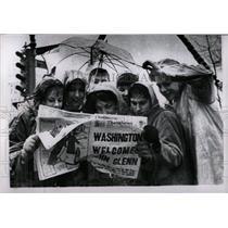 1962 Press Photo David Glenn astronaut fans Arlington - RRW00249