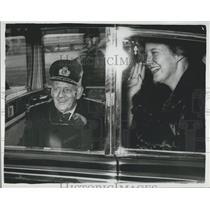 1964 Press Photo King Frederik Princess Margrethe Denmark car Athens floor