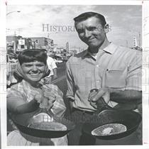 1963 Press Photo Mrs.Lay Wins Trip to Disneyland - RRY09963