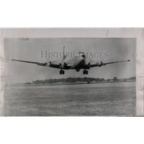 1958 Press Photo C124 Globemaster takes off - RRW69315