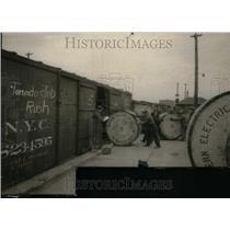 1925 Press Photo Western Electric Workers 1925 Tornado - RRU19545