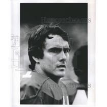 1989 Press Photo Dallas Cowboys Danny White Looking Over His Shoulder