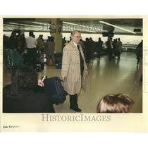 1992 Press Photo OHare International Airport Travelers - RRV43949