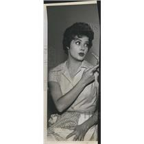 1960 Press Photo Actress Cara Williams - RSH59955