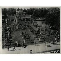 1932 Press Photo Byrn Mawr May Day Celebration - RRX63661