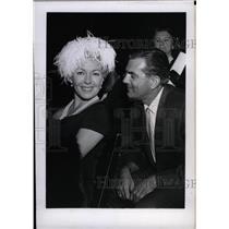 1965 Press Photo Furlow Actress Lana Turner Fred Bowl - RRW75647