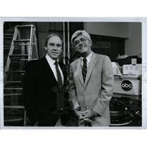 1992 Press Photo Phillip Donahue American Media Persona - RRW86739