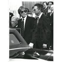 1982 Press Photo Henry John Deutschendorf Singer music - RRV14397