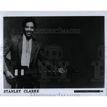 1987 Press Photo Stanley Clarke American jazz scores - RRW85889