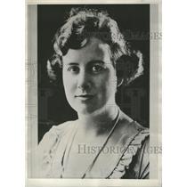1929 Photo Mrs. Urban Diteman Jr. Husband Is Unreported - RRV09959