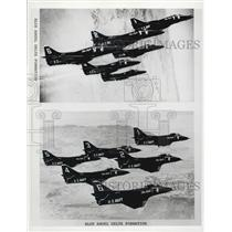 1975 Press Photo The Blue Angels in Delta Formation - XXB01229