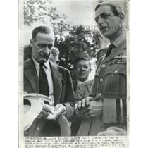 1941 Press Photo Duke Tenant Visits Canada Atlantic - RRV08847