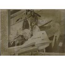 1965 Press Photo airmail Flight - RRW06829