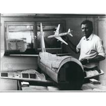1984 Press Photo Carpenter Creates Models Of Boeing 747 In W Germany - KSB47091