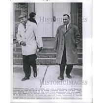 1953 Press Photo Negro James Meredith Buttons His Cost and Grins as Leaves