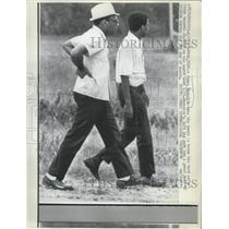 1967 Press Photo James Meredith Uses his Hands to brace his Back - RSH01041