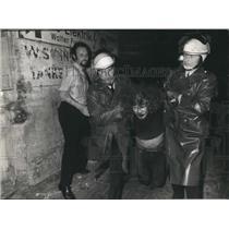 1973 Press Photo Hamburg Police Clear Occupied House - KSB57669