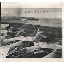 1964 Press Photo Two Soviet Destroyer Deck Aircraft USS - RRV65957