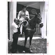 1951 Press Photo Pony Express Rider Chuck Horne & Florida Governor Farris Bryant