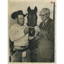 1961 Press Photo Chuck Horn competed 2,700 mile modern pony express ride