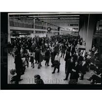 1969 Press Photo O'Hare Airport Terminal Jammed - RRU88667