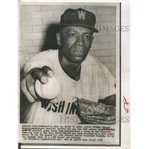 1962 Press Photo Bennie Daniels Washington Senators Pitcher - RSH42399