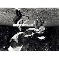 1981 Press Photo Pestalozzi & his World record by soap bubble blowing machine