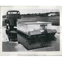 1955 Press Photo Aeroduck Runway Blotter Engineer Frank Elve - KSB46935
