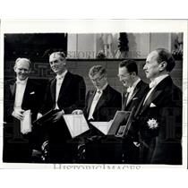 1960 Press Photo King Gustaf Presents The Nobel Prizes Stockholm