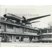 Press Photo Japanese air-minded - A real passenger aeroplane
