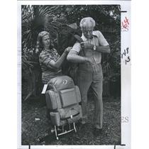 1980 Press Photo Bill and Harriet Johnson Backpackers and outdoorsmen