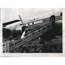 Press Photo American Plane Transporting Food-Stuffs To Hamburg Berlin
