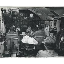 Press Photo Control Room Aircraft Type Steering System Dreadnought London