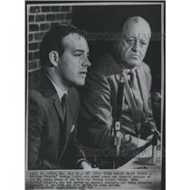 1969 Press Photo William Scotty Bowman Lynn Patrick - RSH31835