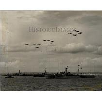 1953 Press Photo HMS Surprise bearing her Majesty & planes overhead
