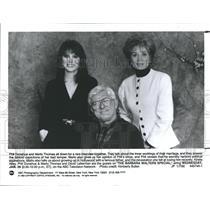 1992 Press Photo Phil Donahue, Marlo Thomas & Barbara Walters - RSH95291