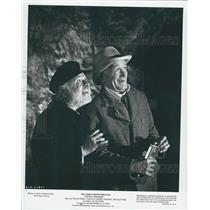 """1977 Press Photo Walt Disney Presents """"Pete's Dragon"""" With Mickey Rooney and"""