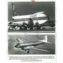 1985 Press Photo Boeing Atorie Puff Airport California - RRU73303
