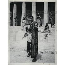 1960 Press Photo Actor Jack Palance - RSL46325